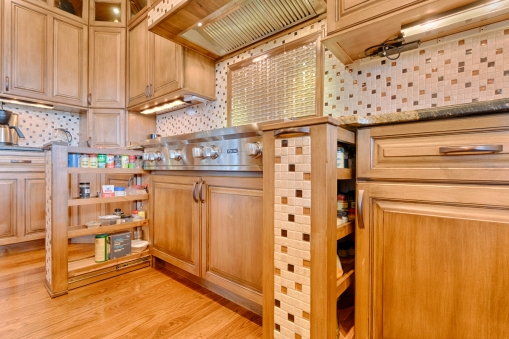 Kitchen Range Spicerack Cabinetry and Mosaic Tilework